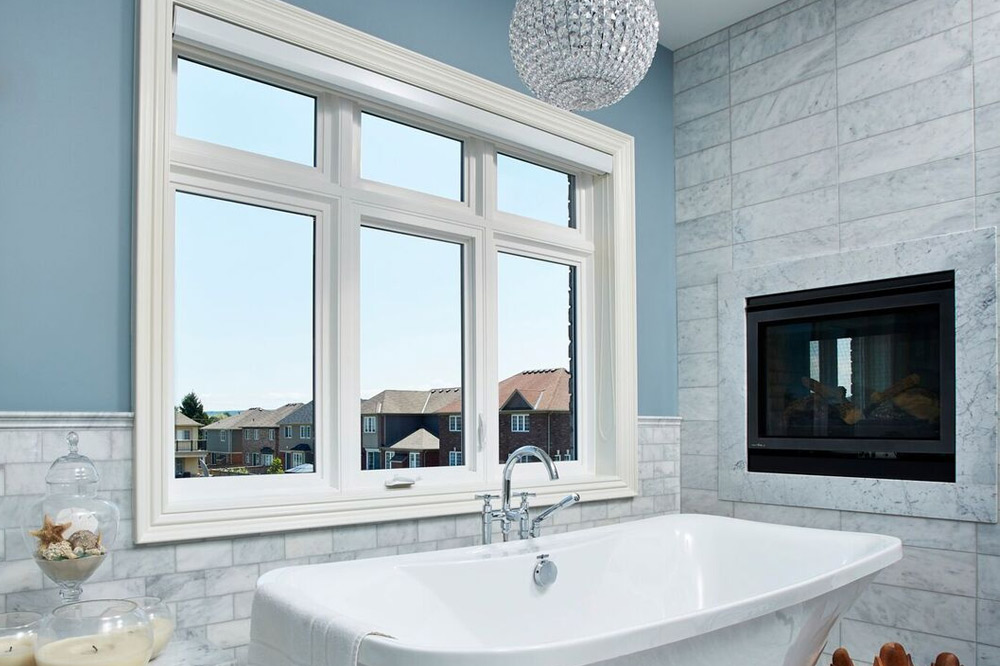 Bathroom with windows - fixed casement windows